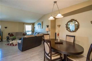 Photo 7: 2 Carriage House Road in Winnipeg: River Park South Residential for sale (2F)  : MLS®# 1810823