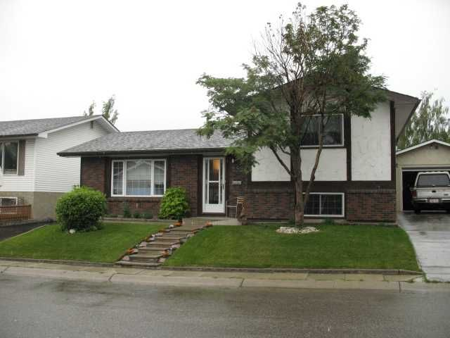 FEATURED LISTING: 252 LYSANDER Place Southeast CALGARY