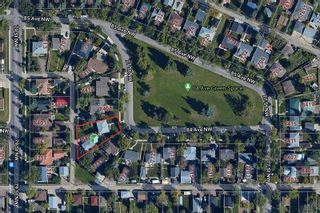 Photo 3: 8404 77 Street in Edmonton: Zone 18 House for sale : MLS®# E4264236