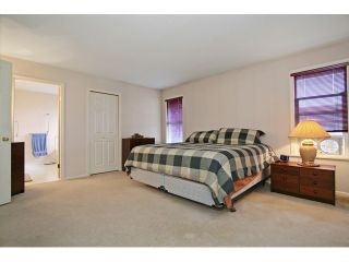 """Photo 15: 18861 64TH Avenue in Surrey: Cloverdale BC House for sale in """"CLOVERDALE"""" (Cloverdale)  : MLS®# F1442792"""