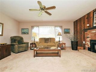 Photo 7: 2119 Redwing Pl in SIDNEY: Si Sidney South-West House for sale (Sidney)  : MLS®# 644053