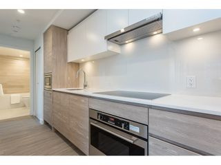 """Photo 5: 2806 13655 FRASER Highway in Surrey: Whalley Condo for sale in """"King George Hub 2"""" (North Surrey)  : MLS®# R2609676"""