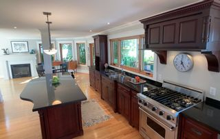 """Photo 8: 13115 CRESCENT Road in Surrey: Elgin Chantrell House for sale in """"Crescent Beach"""" (South Surrey White Rock)  : MLS®# R2478141"""