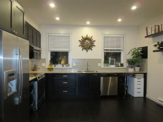 """Photo 2: 112 688 EDGAR Avenue in Coquitlam: Coquitlam West Townhouse for sale in """"THE GABLE BY MOSAIC"""" : MLS®# R2130437"""