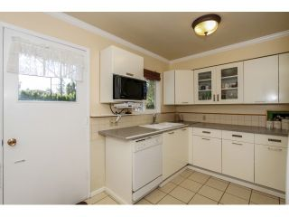 """Photo 7: 2070 FOSTER Avenue in Coquitlam: Central Coquitlam House for sale in """"CENTRAL COQUITLAM"""" : MLS®# V1110577"""