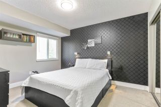 """Photo 19: 8232 ELKWOOD Place in Burnaby: Forest Hills BN Townhouse for sale in """"FOREST MEADOWS"""" (Burnaby North)  : MLS®# R2530254"""