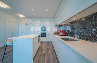 """Photo 9: 5303 1955 ALPHA Way in Burnaby: Brentwood Park Condo for sale in """"AWM Alliance"""" (Burnaby North)  : MLS®# R2613365"""