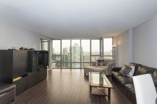 """Photo 3: 2201 950 CAMBIE Street in Vancouver: Yaletown Condo for sale in """"Pacific Place Landmark 1"""" (Vancouver West)  : MLS®# R2617691"""