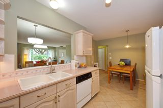 """Photo 14: 5 3701 THURSTON Street in Burnaby: Central Park BS Townhouse for sale in """"THURSTON GARDENS"""" (Burnaby South)  : MLS®# R2615333"""