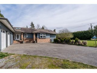 Photo 3: 15222 HARRIS Road in Pitt Meadows: West Meadows House for sale : MLS®# R2561730