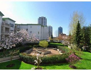 "Photo 8: 203 2990 PRINCESS Crescent in Coquitlam: Canyon Springs Condo for sale in ""THE MADISON"" : MLS®# V762768"