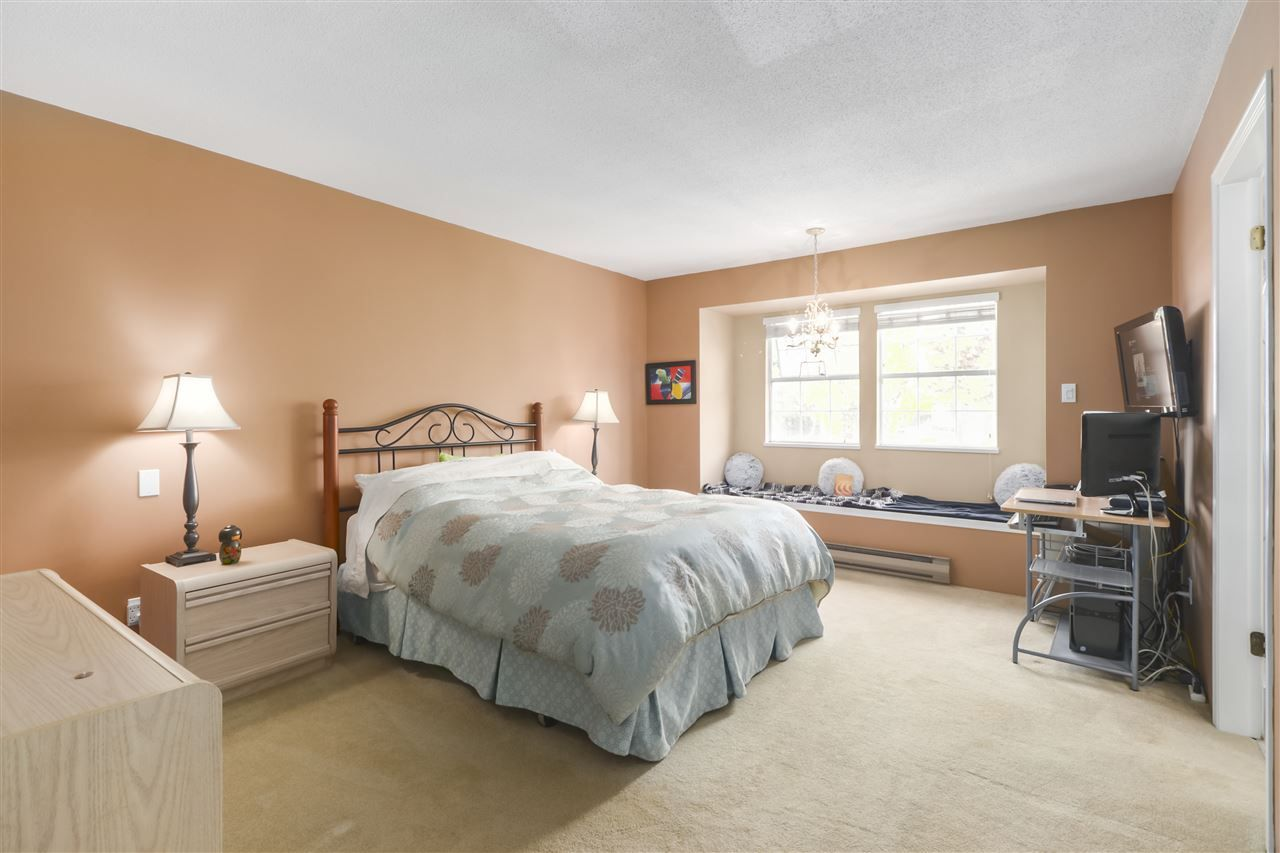 """Photo 14: Photos: 10 11500 NO. 1 Road in Richmond: Steveston South Townhouse for sale in """"MAGNOLIA COURT"""" : MLS®# R2493915"""