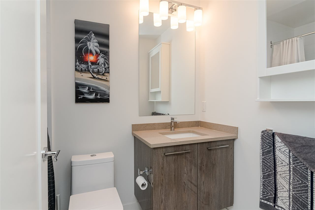 """Photo 16: Photos: 306 20829 77A Avenue in Langley: Willoughby Heights Condo for sale in """"The Wex"""" : MLS®# R2509468"""