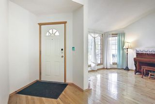 Photo 2: 211 Schubert Hill NW in Calgary: Scenic Acres Detached for sale : MLS®# A1137743