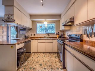 Photo 13: 8056 COOPER Road in Halfmoon Bay: Halfmn Bay Secret Cv Redroofs House for sale (Sunshine Coast)  : MLS®# R2254161