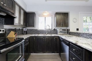 """Photo 9: 5807 170A Street in Surrey: Cloverdale BC House for sale in """"JERSEY HILLS"""" (Cloverdale)  : MLS®# R2036586"""