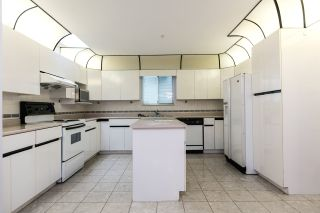 Photo 4: 6535 BROOKS STREET in Vancouver: Killarney VE House for sale (Vancouver East)  : MLS®# R2425986
