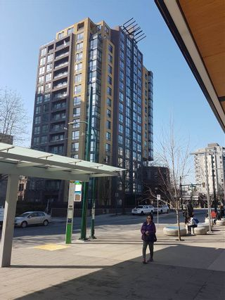 """Photo 1: 805 3438 VANNESS Avenue in Vancouver: Collingwood VE Condo for sale in """"CENTRO"""" (Vancouver East)  : MLS®# R2438403"""