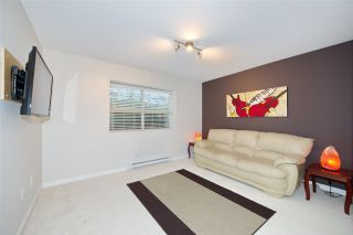 """Photo 6: 117 2738 158 Street in Surrey: Grandview Surrey Townhouse for sale in """"Cathedral Grove by Polygon"""" (South Surrey White Rock)  : MLS®# R2451909"""