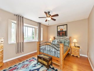 Photo 8: Coquitlam: Condo for sale : MLS®# R2075039