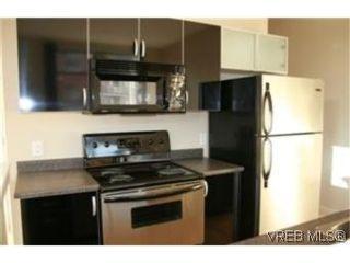 Photo 5: 219 829 Goldstream Ave in VICTORIA: La Langford Proper Condo for sale (Langford)  : MLS®# 483527