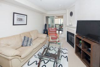 """Photo 12: 210 5605 HAMPTON Place in Vancouver: University VW Condo for sale in """"PEMBERLEY"""" (Vancouver West)  : MLS®# R2364341"""