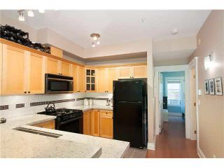 """Photo 10: 2626 YUKON Street in Vancouver: Mount Pleasant VW Condo for sale in """"TURNBULL'S WATCH"""" (Vancouver West)  : MLS®# V1085425"""