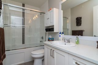 """Photo 25: 21137 77B Street in Langley: Willoughby Heights Condo for sale in """"Shaughnessy Mews"""" : MLS®# R2114383"""