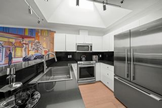 """Photo 13: PH2 950 BIDWELL Street in Vancouver: West End VW Condo for sale in """"The Barclay"""" (Vancouver West)  : MLS®# R2617906"""