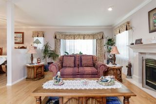 Photo 4: 13678 91 Avenue in Surrey: Bear Creek Green Timbers House for sale : MLS®# R2384528