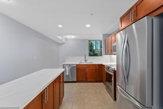 Photo 5: Condo for rent : 2 bedrooms : 253 10th Avenue #321 in San Diego