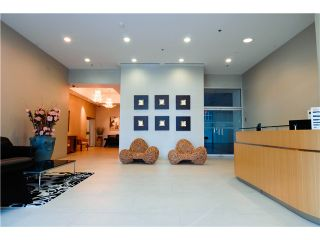 Photo 6: 806 8080 Cambie Road in Richmond: West Cambie Condo for sale : MLS®# V1004388