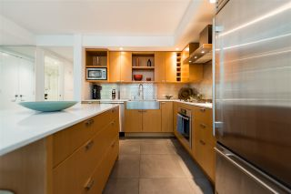 """Photo 8: 102 1168 RICHARDS Street in Vancouver: Yaletown Townhouse for sale in """"PARK LOFTS"""" (Vancouver West)  : MLS®# R2202304"""