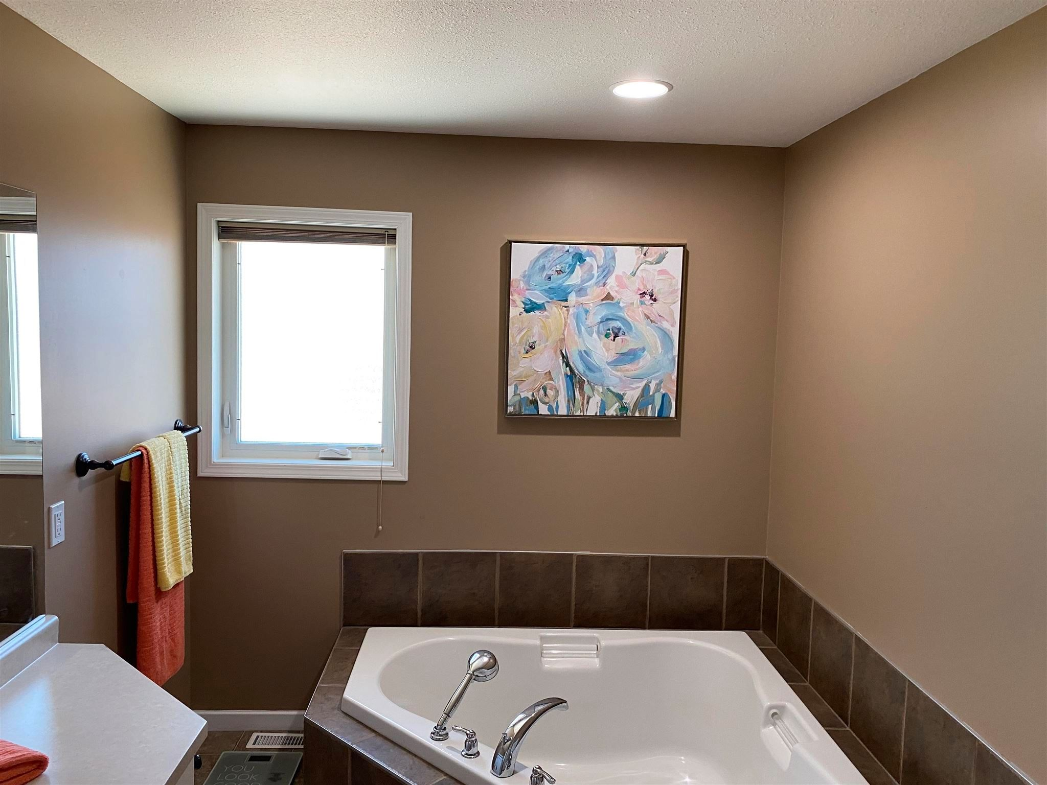 "Photo 10: Photos: 11327 86A Street in Fort St. John: Fort St. John - City NE House for sale in ""PANORAMA RIDGE"" (Fort St. John (Zone 60))  : MLS®# R2595967"