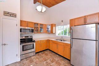 Photo 7: 634 Roseridge Pl in VICTORIA: SW Northridge House for sale (Saanich West)  : MLS®# 792472