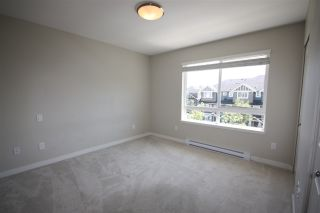 """Photo 10: 10 6180 ALDER Street in Richmond: McLennan North Townhouse for sale in """"TURNBERRY LANE"""" : MLS®# R2176441"""