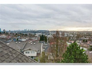 Photo 16: 212 3709 PENDER Street in Burnaby: Willingdon Heights Townhouse for sale (Burnaby North)  : MLS®# V1104019