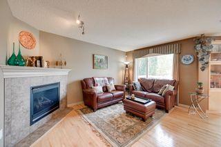 Photo 5: 1869 HOLMAN Crescent in Edmonton: Zone 14 House for sale : MLS®# E4256666