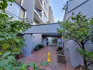 """Photo 5: 513 1270 ROBSON Street in Vancouver: West End VW Condo for sale in """"ROBSON GARDENS"""" (Vancouver West)  : MLS®# R2520033"""