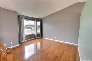 Photo 3: 425 Southwood Drive in Prince Albert: SouthWood Residential for sale : MLS®# SK870812