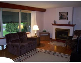 Photo 2: 335 MARSHALL Bay in WINNIPEG: Manitoba Other Residential for sale : MLS®# 2908408