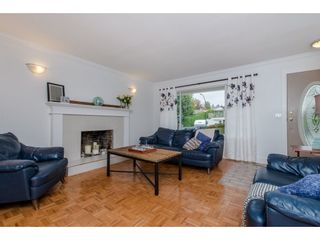 Photo 3: 3763 ROBSON DRIVE in Abbotsford: Abbotsford East House for sale : MLS®# R2114513