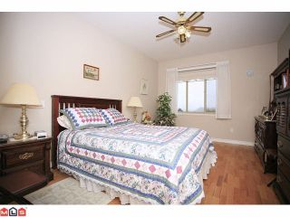 "Photo 6: 8 34159 FRASER Street in Abbotsford: Central Abbotsford Townhouse for sale in ""EMERALD PLACE"" : MLS®# F1111279"