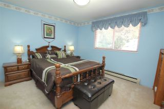 Photo 12: 4967 RUMBLE Street in Burnaby: Metrotown House for sale (Burnaby South)  : MLS®# R2096066