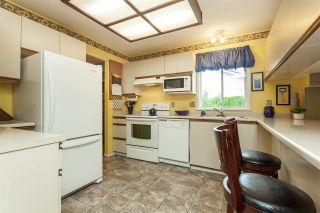 """Photo 6: 4548 SOUTHRIDGE Crescent in Langley: Murrayville House for sale in """"Murrayville"""" : MLS®# R2375830"""