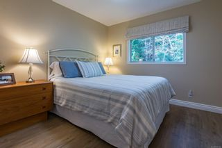 Photo 32: 1015 Kingsley Cres in : CV Comox (Town of) House for sale (Comox Valley)  : MLS®# 863162