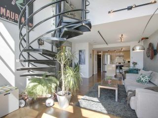 """Photo 4: 305 428 W 8TH Avenue in Vancouver: Mount Pleasant VW Condo for sale in """"XL LOFTS"""" (Vancouver West)  : MLS®# R2184000"""
