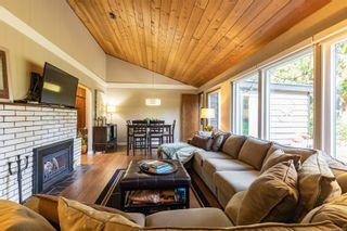 Photo 6: 425 Illiqua Rd in : PQ Qualicum Beach House for sale (Parksville/Qualicum)  : MLS®# 888180