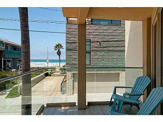 Photo 2: MISSION BEACH Condo for sale : 4 bedrooms : 720 Manhattan Court in San Diego