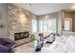"""Photo 10: 3 20750 TELEGRAPH Trail in Langley: Walnut Grove Townhouse for sale in """"Heritage Glen"""" : MLS®# R2544505"""